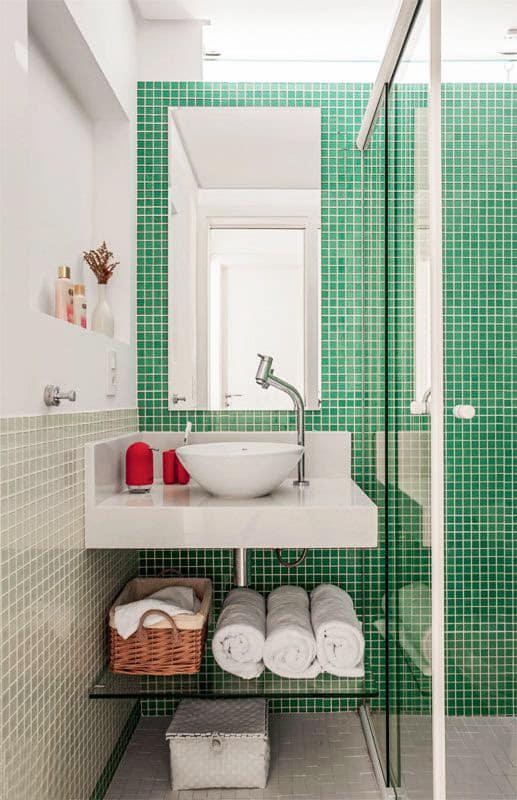 unnamed 12 1 - Truques para decorar banheiros pequenos