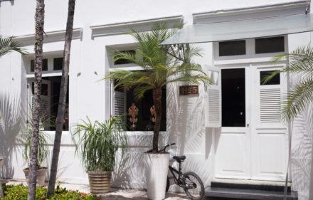 Arquitetura Carlos Augusto Lira Casa 440x281 - A casa de Carlos Augusto Lira