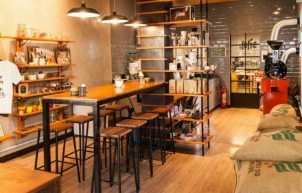 Lucas Oliveira  440x281 - Confira o projeto de arquitetura criado para o Kaffe