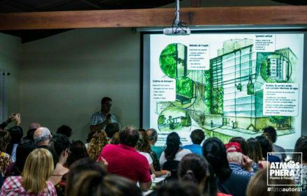 Carlos Hanada no Seminario Pernambuco de Paisagismo