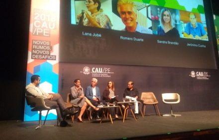 CAUPE arquitetos encontro 440x281 - Arquitetura do futuro é discutida pelo CAU/PE em encontro no Recife