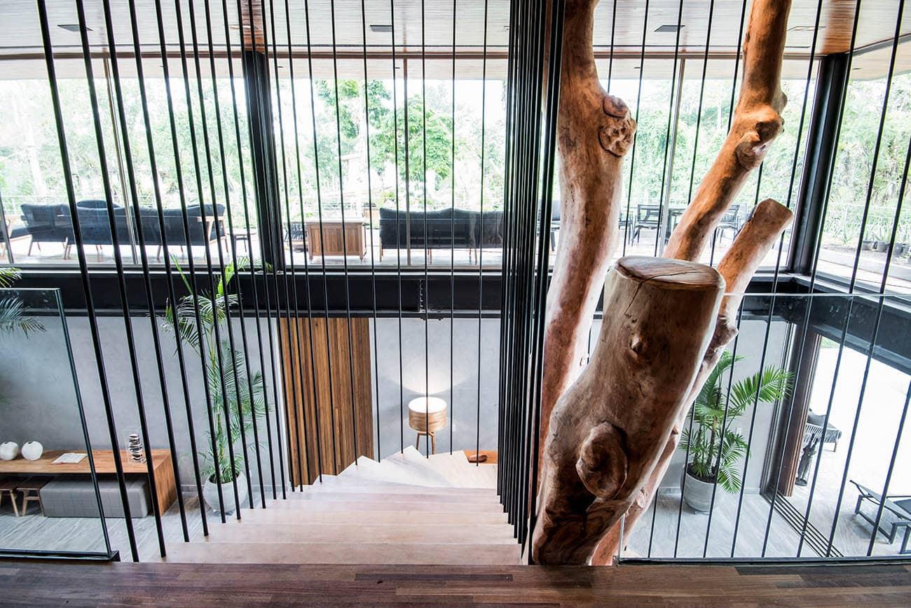 AGY1989 ok - Casa em madeira une o inusitado ao conforto