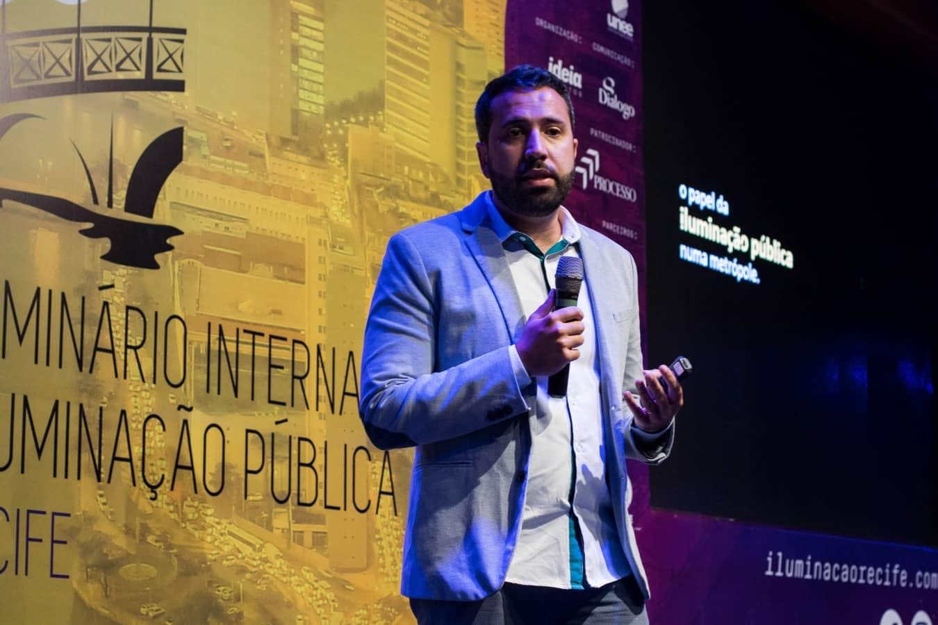 RAFAEL DO AMARAL TENÓRIO - Evento internacional no Recife discute iluminação pública