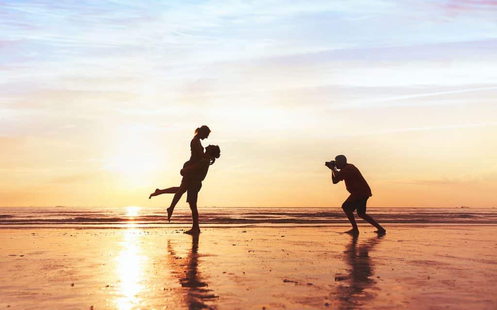 3 Sol Song about summer Shutterstock.com  1024x640 - Fotografia! Separamos 5 dicas para você fazer fotos incríveis