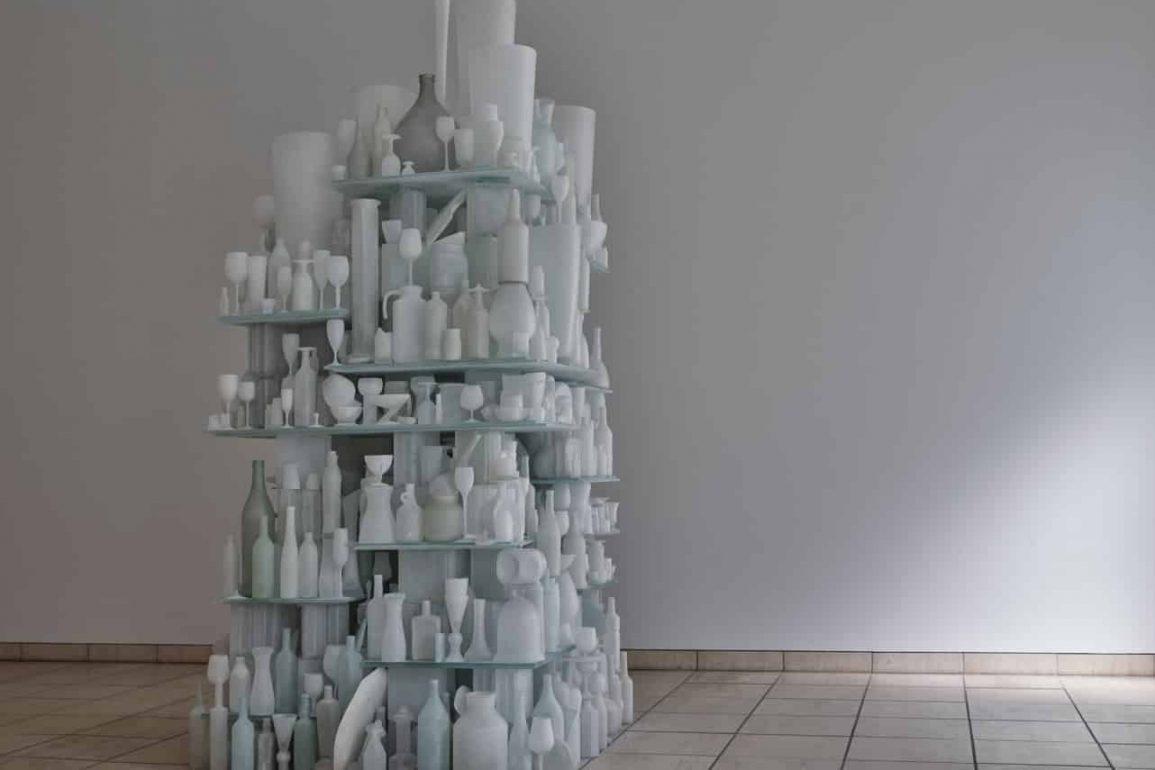 49064862682 91eb1d45c4 k e1587559734584 1155x770 - O artista Tony Cragg em exposição inédita no Brasil