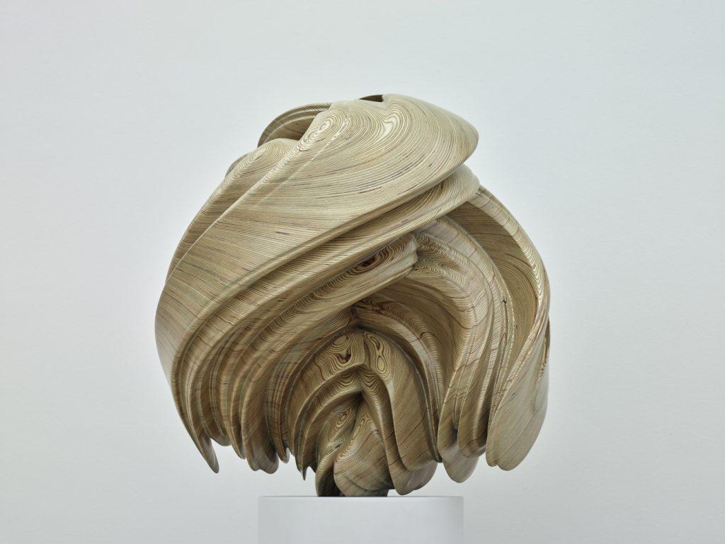 49064864007 e1e80bc575 k 1024x769 - O artista Tony Cragg em exposição inédita no Brasil