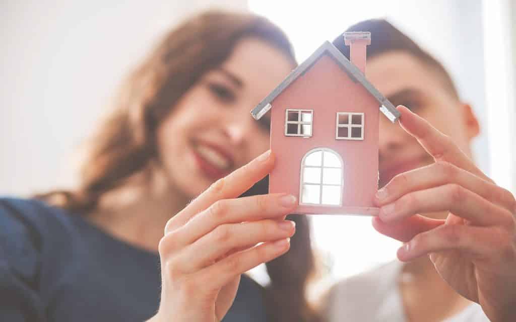 2 36 minutos Leszek Glasner Shutterstock.com 1024x640 - 36 minutos ! Pesquisa mostra o nível de interesse dos brasileiros pelas suas casas