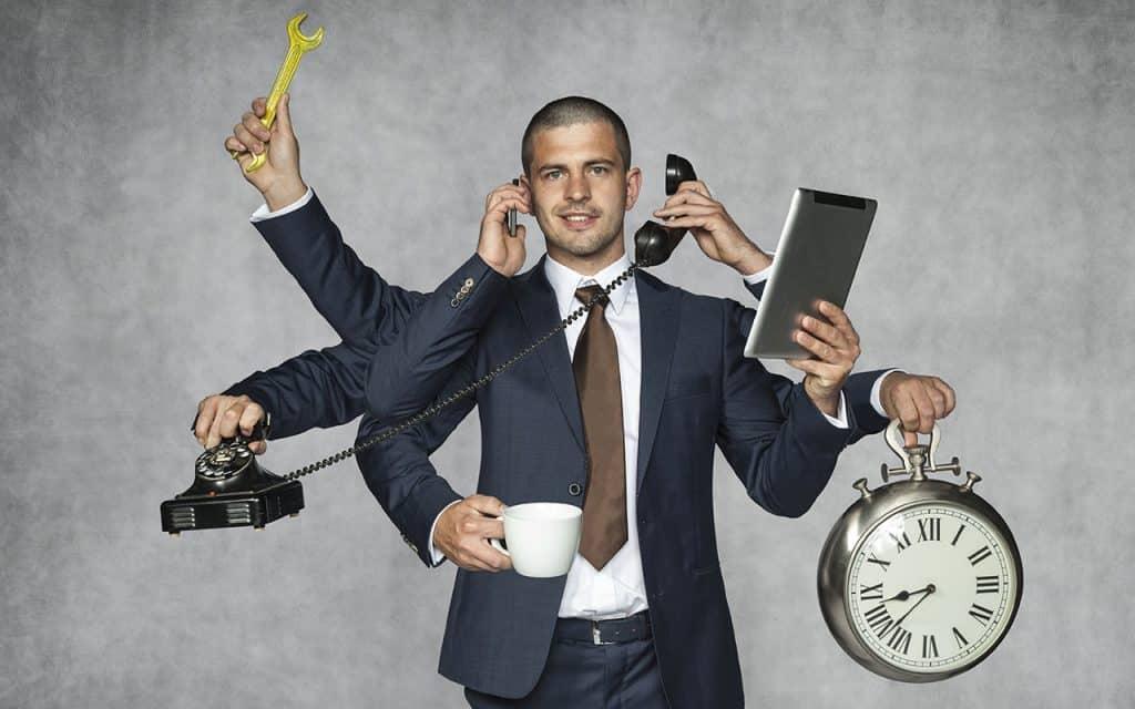 4 Multi tarefa Maslowski Marcin Shutterstock.com  1024x640 - Gerenciamento do Tempo: confira as dicas