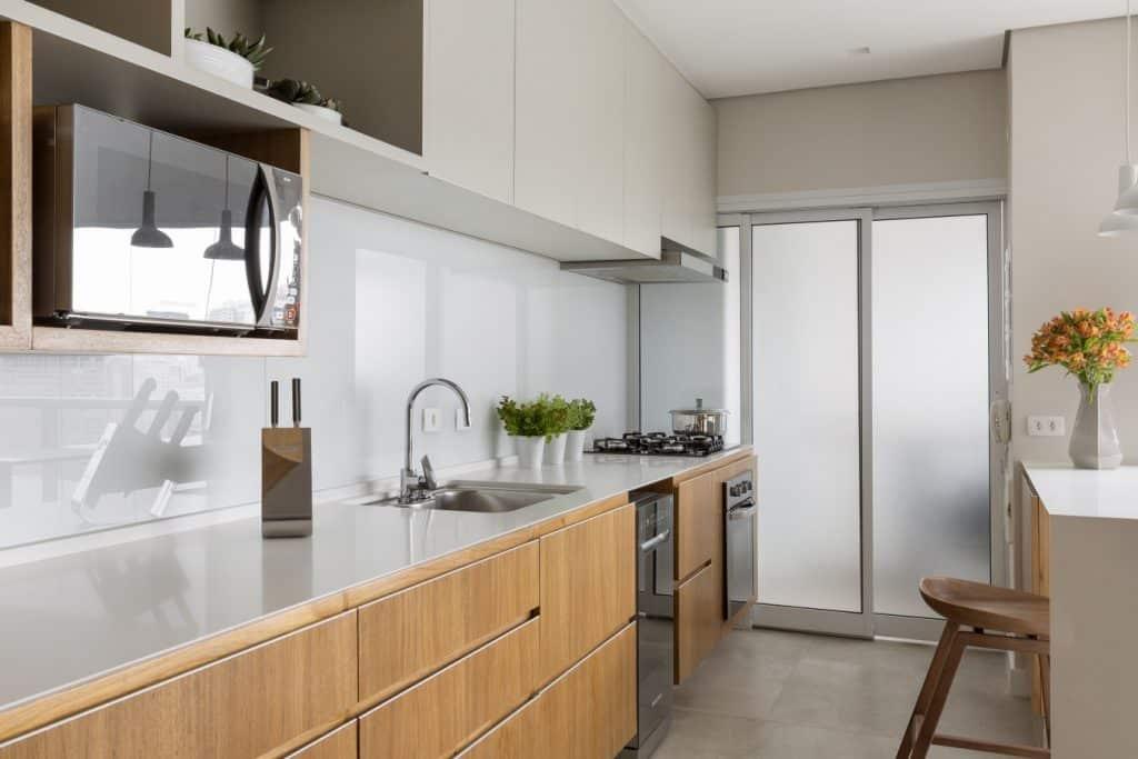 4feba08bd945e7f75a27f887e4c21429 1024x683 - Projeto de apartamento pequeno, faz uso da integração