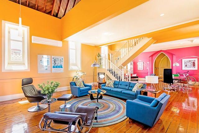 revistaSIM Lugares Inusitados Igreja Velha Interior Credito Andrew Waters - Lugares inusitados revelam o melhor da arquitetura