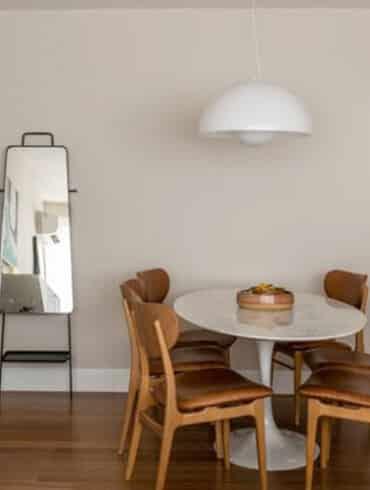 revistaSIM Arquitetura Apartamento Kim por Cota Arquitetura Destaque 370x490 - Venha conferir os detalhes sobre o projeto Janelas CASACOR PE