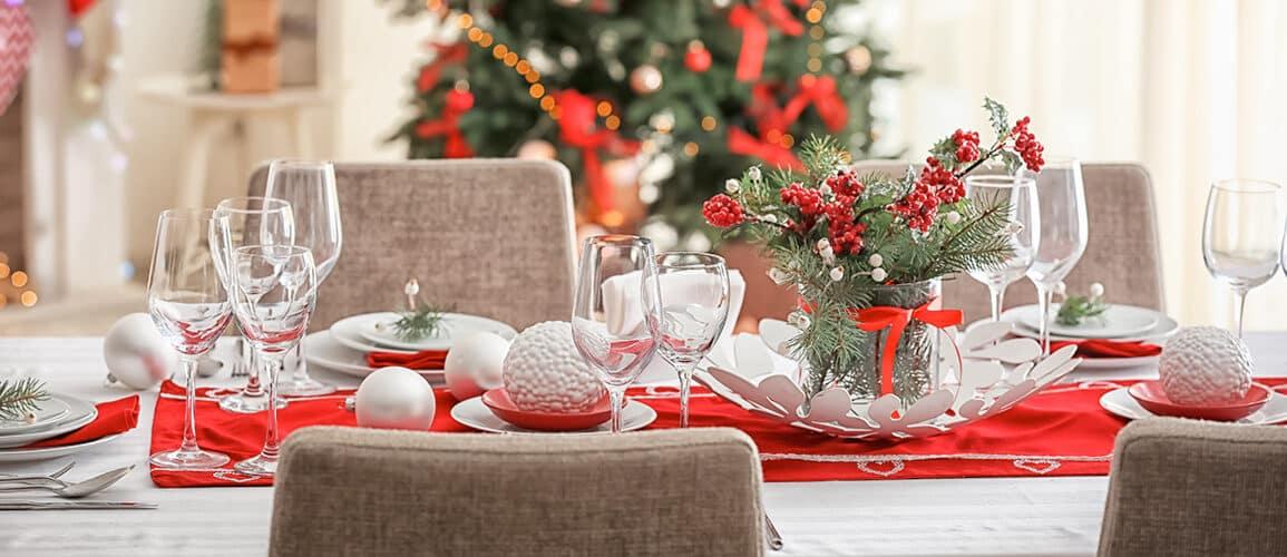 revistaSIM Decoracao Decoracao de mesa de Natal Destaque Credito Pixel Shot 1155x500 - Anote as dicas para elaborar uma bonita decoração de Natal