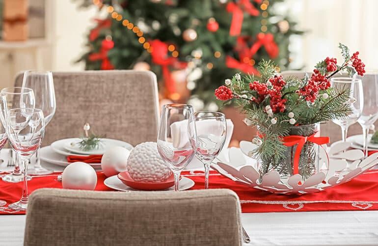 revistaSIM Decoracao Decoracao de mesa de Natal Destaque Credito Pixel Shot 770x500 - Anote as dicas para elaborar uma bonita decoração de Natal