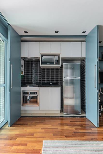 revistaSIM Arquitetura Apartamento de 40m Cozinha aberta Credito Guilherme Pucci - Apartamento de 40m² chama a atenção pelas soluções utilizadas