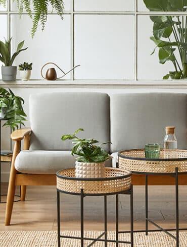 revistaSIM Arquitetura Renovar a casa DESTAQUE Credito Followtheflow Shutterstock 370x490 - Saiba como aproveitar o vão embaixo da escada