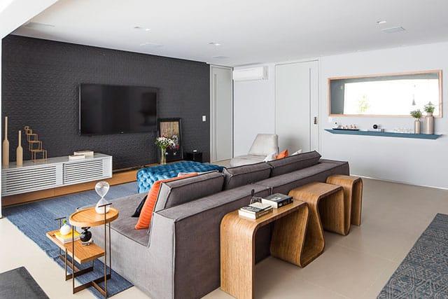 revistaSIM Arquitetura Figa Arquitetura Sala de estar Credito Thiago Travesso - Confira o projeto de um apartamento contemporâneo e inspire-se!