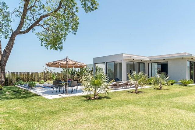revistaSIM Arquitetura Casa para todos os momentos Area externa Credito Julia Herman - Saiba o que deve ter uma casa para todos os momentos da vida