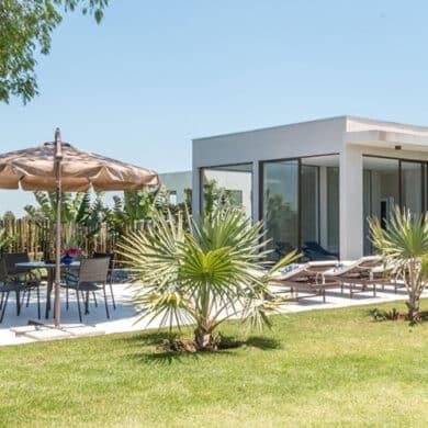 revistaSIM Arquitetura Casa para todos os momentos Destaque Credito Julia Herman 390x390 - Confira uma inspiração para decoração do apto de praia