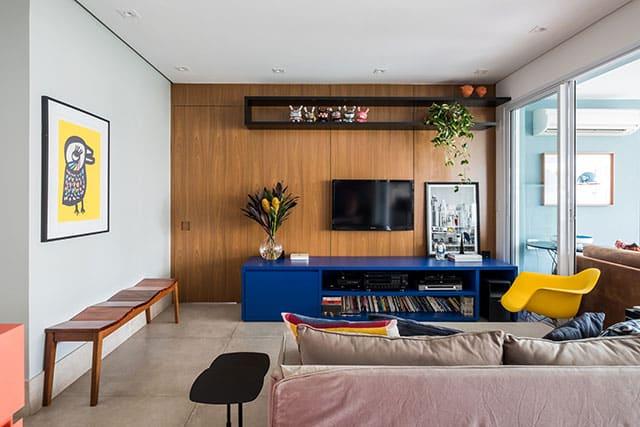 revistaSIM Arquitetura Estudio em Sao Paulo Sala de estar Credito Nathalie Artaxo - Projeto de apartamento de 100m² priorizou a identidade do casal