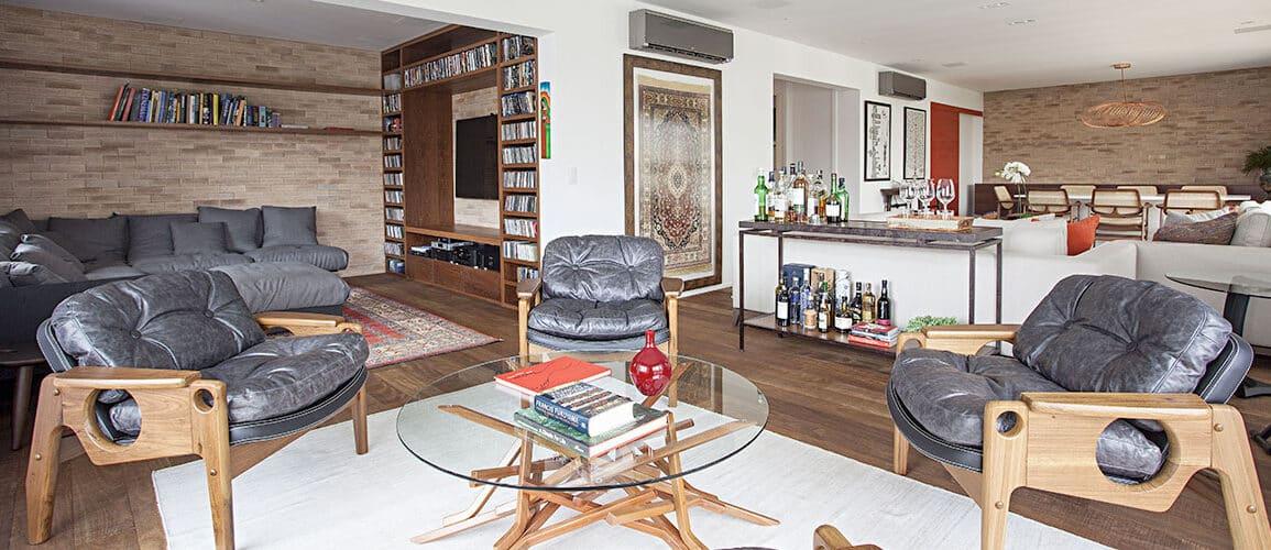 revistaSIM Decoracao Cadeiras de design em casa Destaque Credito Gui Morelli 1155x500 - Saiba como utilizar cadeiras de design na decoração da sua casa