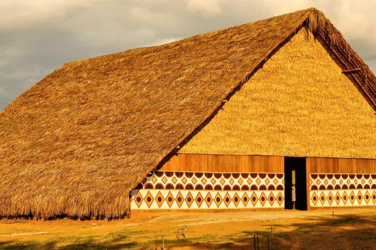 revistaSIM Arquitetura Indigena Destaque Credito Julio Duarte Shutterstock.com  770x513 - Saiba mais sobre a arquitetura indígena neste conteúdo especial
