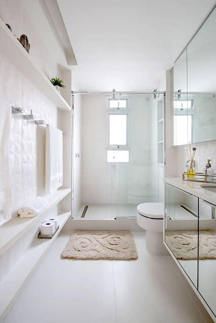 revistaSIM Arquitetura Banheiros Decoracao leve e elegante Divulgacao - Confira as dicas de projetos de banheiros para você não errar