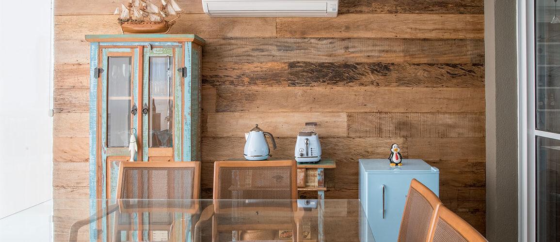 revistaSIM Arquitetura Madeira de demolicao DESTAQUE Credito Julia Herman 1155x500 - Saiba como utilizar a madeira de demolição nos ambientes do lar