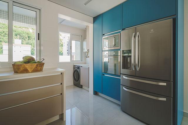 revistaSIM Arquitetura Apto 130m Cozinha 2 Foto Marcelo Stammer - Confira uma inspiração para decoração do apto de praia